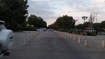 تابلو و مانع ترافیکی
